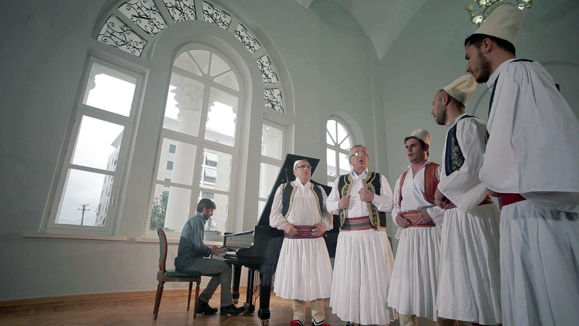 Isopolifonia Robert Bisha & Albanian Iso-Polyphonic Choir