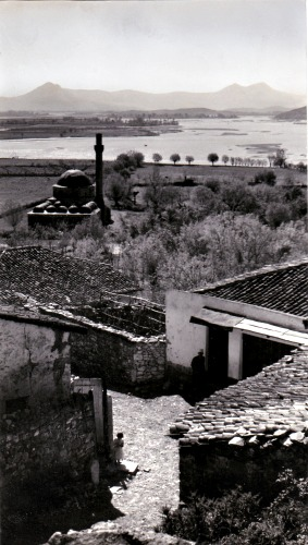 SCUTARI - The lead mosque and the Drin