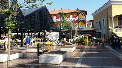 Mercatino del Nuovo Bazar, Tirana 1