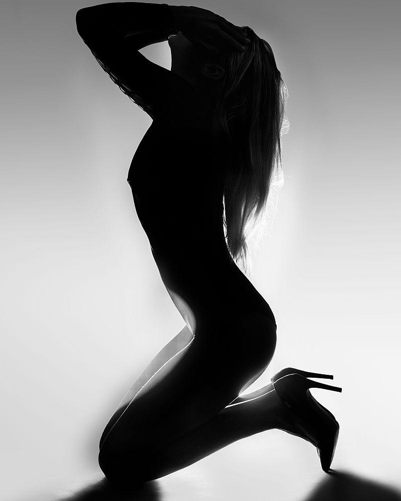 Beyond the Body - Beyond the Body. Photographic staff of Rozeta Lami 8