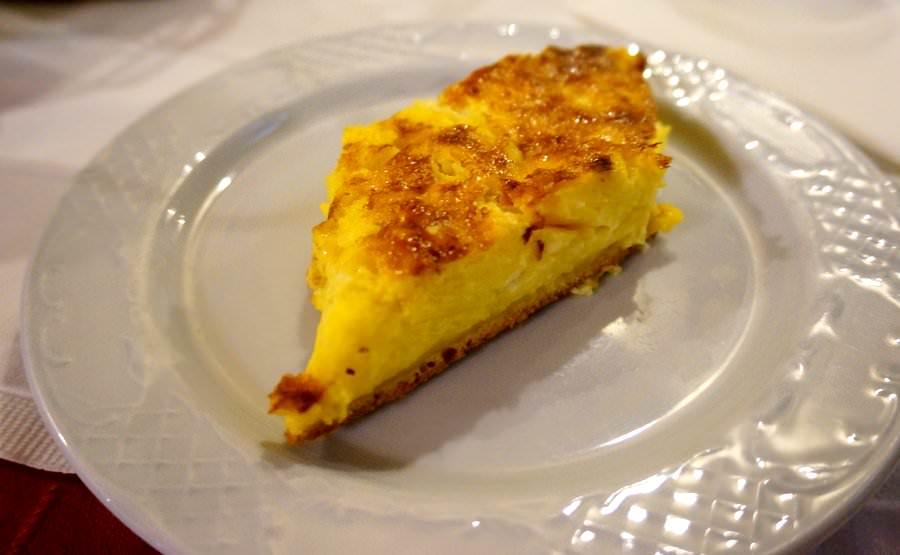 Byrek Mangalemi Albanian dishes