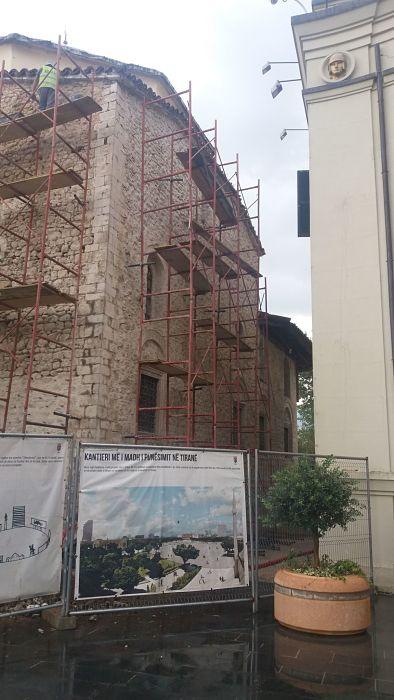 Albania - Dietro la facciata si nasconde il lato oscuro delle opere pubbliche 6