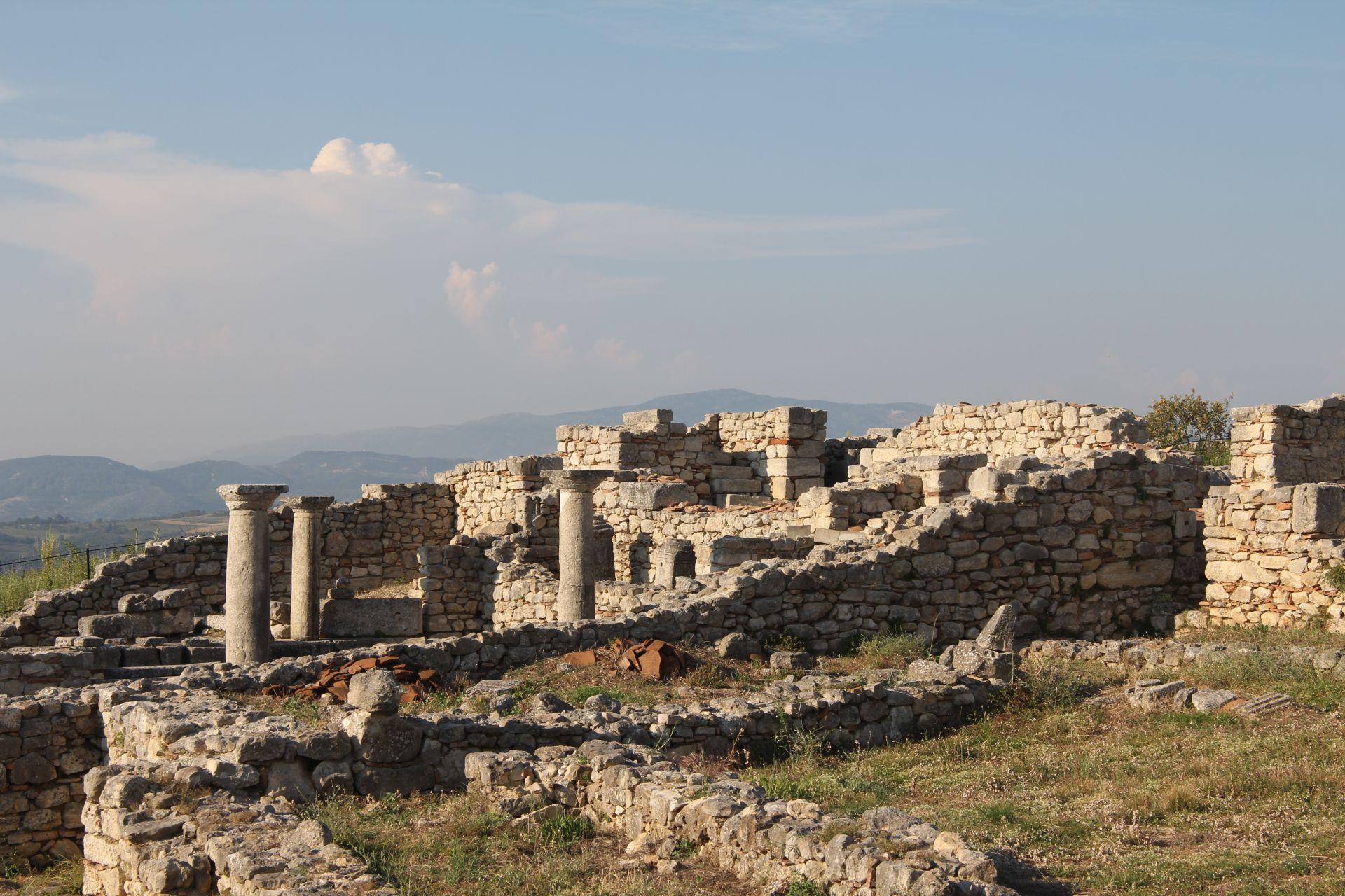Parco archeologico di Byllis - Guida archeologica dell'Albania