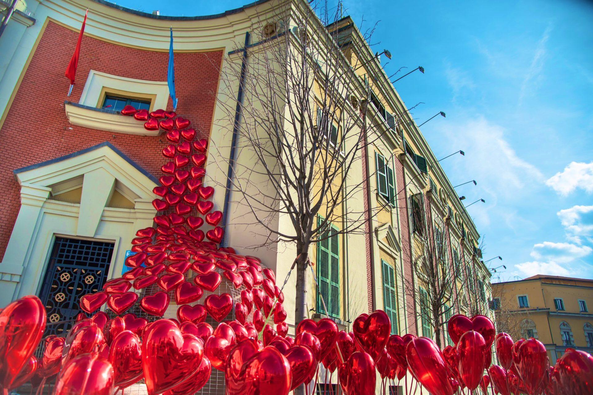 Auguri Di Natale In Albanese.Festivita In Albania