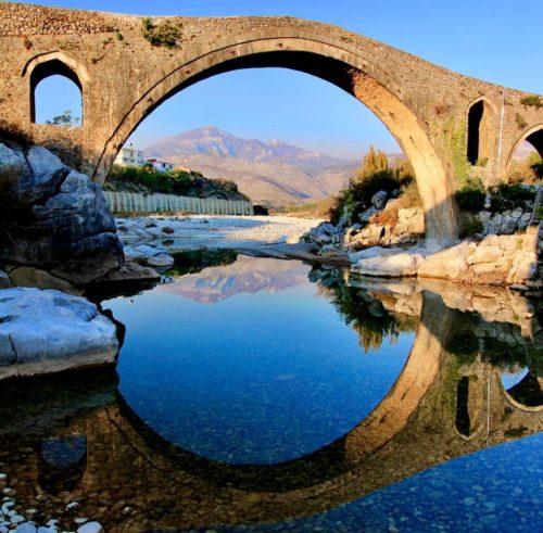 Ponte di Mes, Scutari