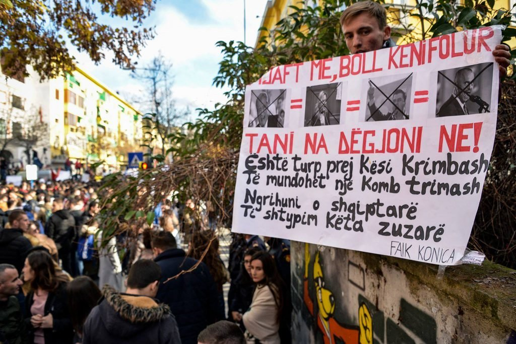 Protesta studentore tirane 4